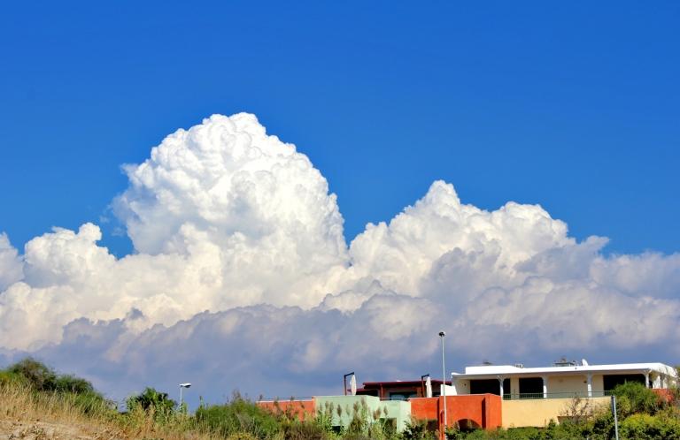 Nuvole all'orizzonte